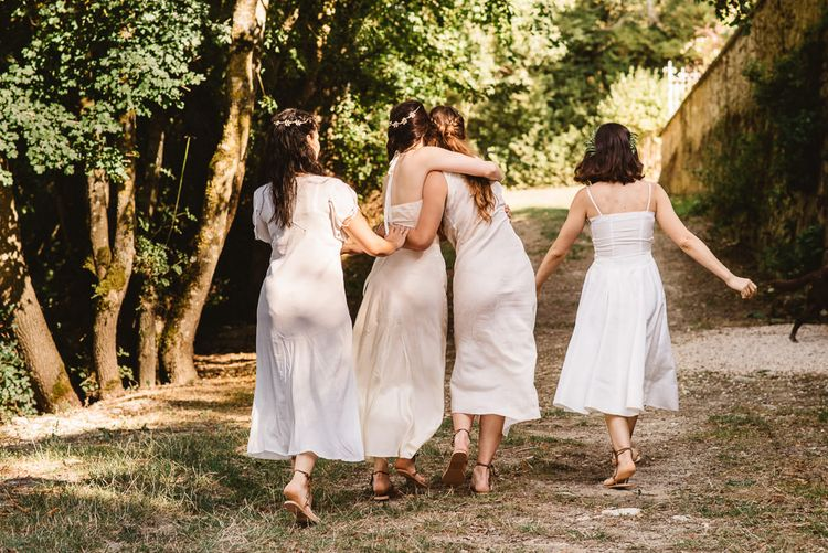 Beautiful relaxed Bridesmaid style.