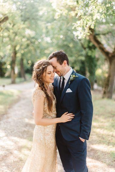 Stunning bride wears Amanda Wakeley