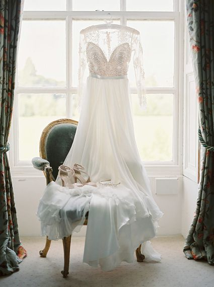 Suzanne Neville Camelia Gown   A Romantic Pastel Wedding at Dauntsey Park in the Wiltshire English Countryside   Imogen Xiana Photography