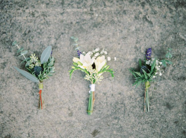 Buttonholes   A Romantic Pastel Wedding at Dauntsey Park in the Wiltshire English Countryside   Imogen Xiana Photography