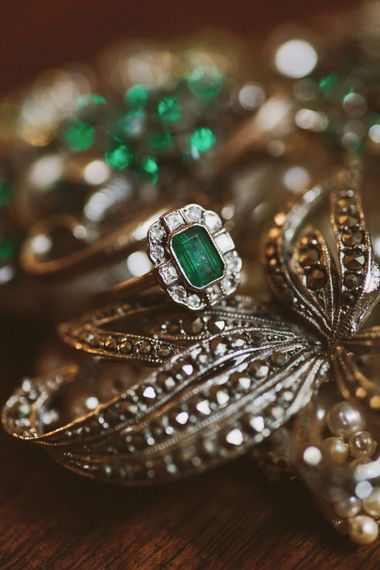 Vintage Emerald Wedding Accessories
