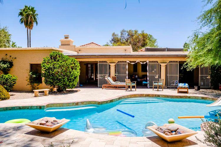 Swimming Pool | Outdoor Wedding Ceremony at Boojum Tree in Phoenix, Arizona | Lee Meek Photography