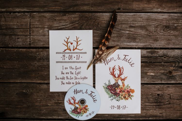 Stunning Wedding Stationery | Farmhouse at Redcoats | Green Antlers Photography