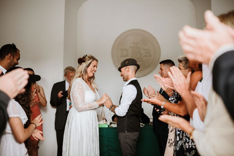 Gorgeous Ceremony | Farmhouse at Redcoats | Green Antlers Photography