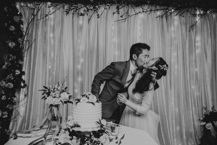 Cutting The Cake At Wedding | Images By Matt Horan Photography