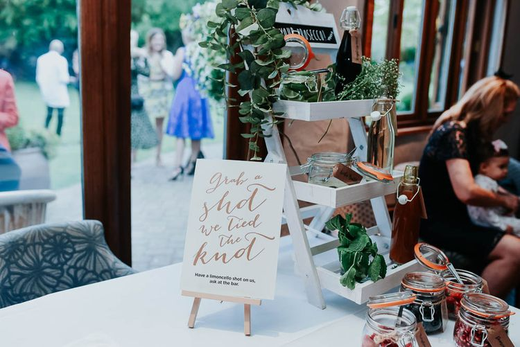 Shots & Pimp Your Prosecco Bar | Cooling Castle Barn Wedding | Michelle Cordner Photography