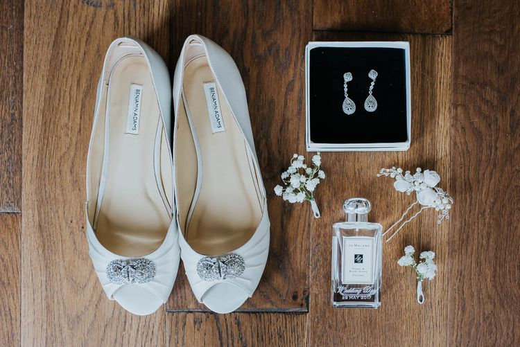 Bridal Accessories | | Cooling Castle Barn Wedding | Michelle Cordner Photography