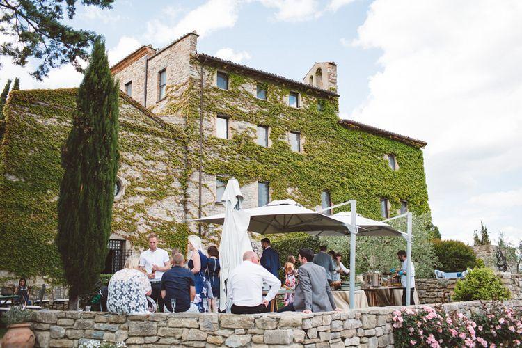 Outdoor Wedding at Borgo Bastia Creti in Italy   Paolo Ceritano Photography