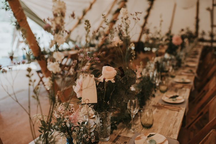 Epic Tipi Decor | Makatipi |The Hyde Estate West Sussex | Images by Louise Scott | Boho Bride | Images by Louise Scott