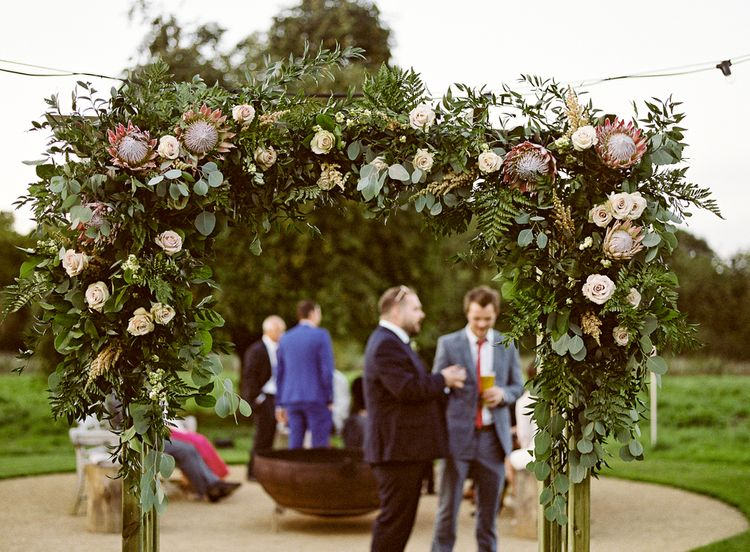#crowedding The Garden Flower Company Floral Arch