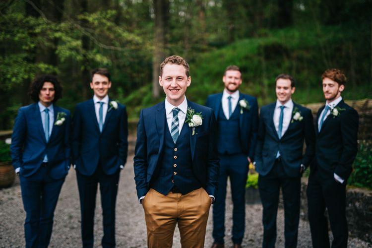 Groomsmen | Relaxed Country Pub Wedding | Rachel Joyce Photography