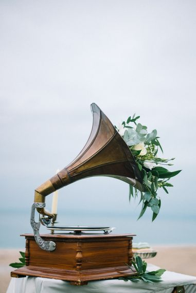 Vintage Gramophone Wedding Decor