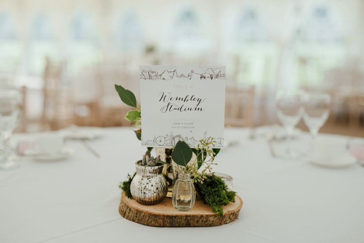 Rustic Wood Slice Table Centrepiece | The Lou's Photography