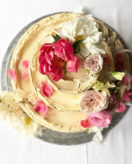 Buttercream Cake By Violet Cakes // Meghan & Harry Royal Wedding Official Wedding Cake Baker