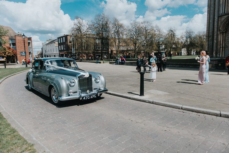 Vintage Wedding Car | Bridal Party Arrival | Classic Marquee Reception at Chippenham Park | Eliza Claire Photography