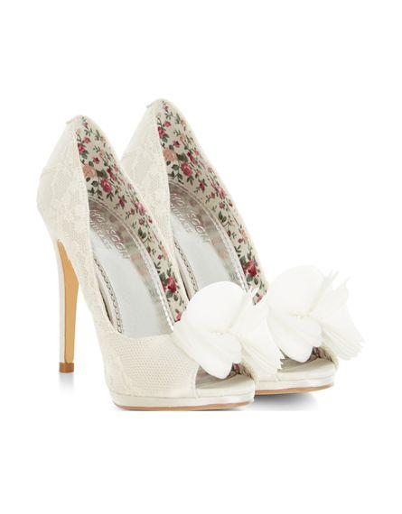 Sara shoe