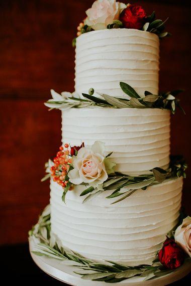 Frosted Wedding Cake | London Townhall Hotel Wedding | Irene Yap Photography