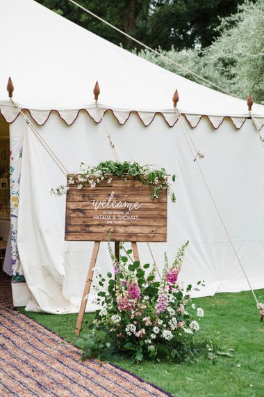 Wooden Wedding Welcome Sign | Beautiful Classic Wedding at Cornwell Manor | Lucy Davenport Photography