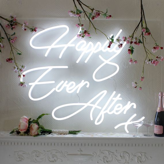 Happily Ever After // Neon Sign For Wedding