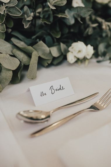 Simple Place Setting For Weddings
