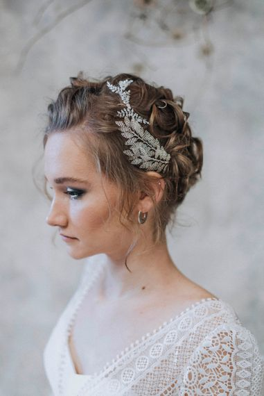 Bridal Hair Accessory | Bride in Rembo Gown from Rock the Frock Bridal | Powder Blue Spring Wedding Inspiration Styled by The Little Lending Co | Megan Duffield Photography