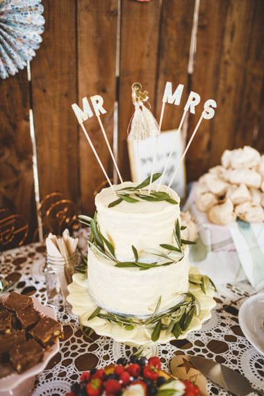 White Buttercream Wedding Cake // Daisy By Halfpenny London For A Boho Barn Wedding In Yorkshire With Decor By Wild At Heart Weddings Images By Photography 34