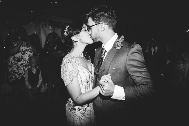 Bride in Pre Owned Jenny Packham Dress & Groom First Dance