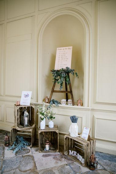 Rustic Wedding Decor With Wooden Crates
