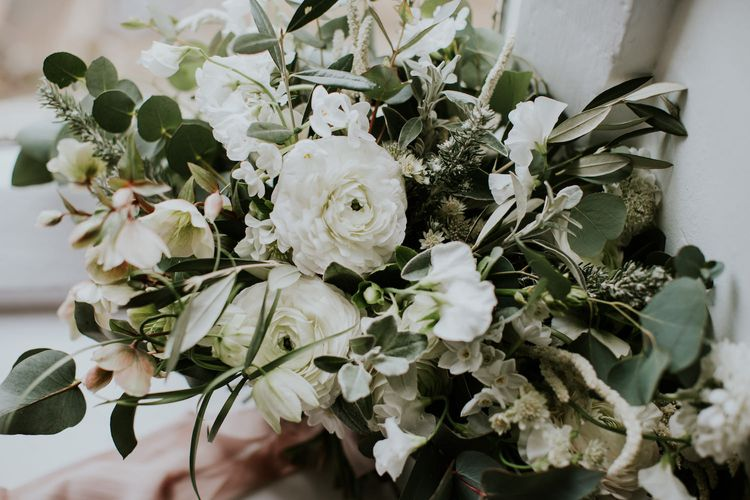 "Bouquet with Ranunculus | Summer Styling Reimagined | Florals by Lily Lupin | Image byFlorals by <a href=""https://www.lilylupin.co.uk/ "" rel=""noopener"" target=""_blank"">Lily Lupin</a> 