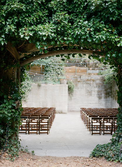 "Festoon Lights Aisle | Summer Styling Reimagined | Image via <a href=""https://www.oncewed.com"" rel=""noopener"" target=""_blank"">Once Wed</a> 