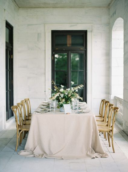 "Elegant Table Styling | Summer Styling Reimagined | Image via <a href=""https://www.oncewed.com"" rel=""noopener"" target=""_blank"">Once Wed</a> 