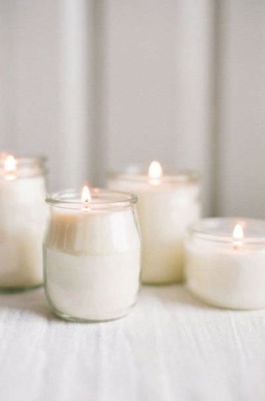 "Glass Jar Candles | Summer Styling Reimagined | Image via <a href=""https://www.stylemepretty.com"" rel=""noopener"" target=""_blank"">Style Me Pretty</a> 
