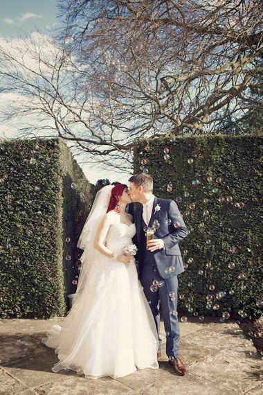 "Image by <a href=""https://www.weddingsvintage.com/"" target=""_blank"">Weddings Vintage</a>"