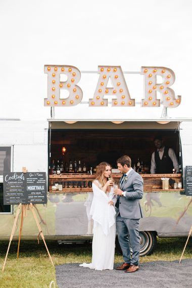 "Air Stream Bar For Weddings // <a href=""https://www.thebuffalo.co.uk/"" rel=""noopener"" target=""_blank"">The Buffalo Bar</a> // Image By A Thing Like That Photography"