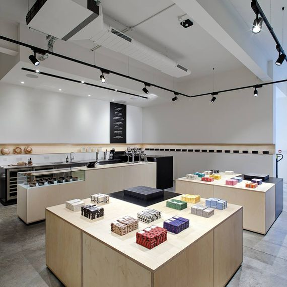 Chocolate Factory Tour at Mast Brothers London