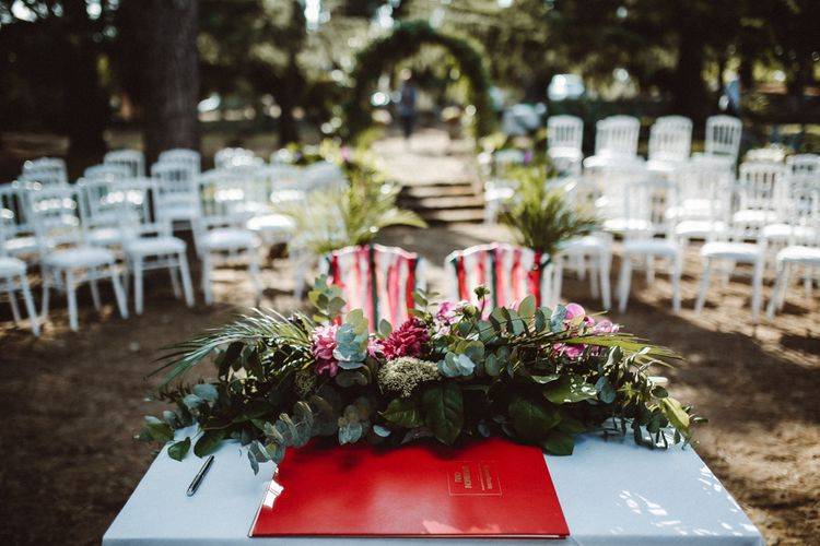 Outdoor Wedding Ceremony | Tropical Green & Fuchsia Pink Outdoor Wedding at Castellina de Miremont, Italy Planned & Styled by Come le Ciliegie Wedding & Events | Images by Effeanfotografie | Film by Headshot Weddings