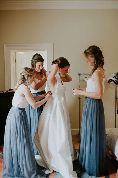 Getting Ready in Jesus Peiro | Bridesmaids in Needle & Thread