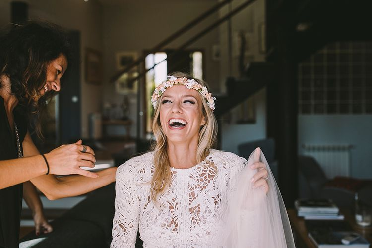 Getting Ready | Bride in Yolan Cris Lace Wedding Dress | Sara Frost Photography | AMS Love in Video