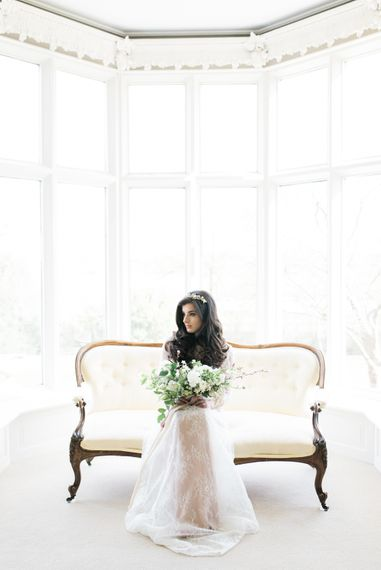 Twyning Park Cotswolds Wedding Venue With Elegant White On White Wedding Styling