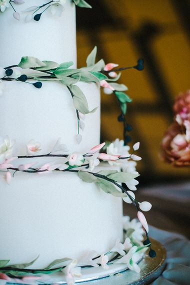 Swirls and Pearls Cake | Images by Olivia Bossert Photography |