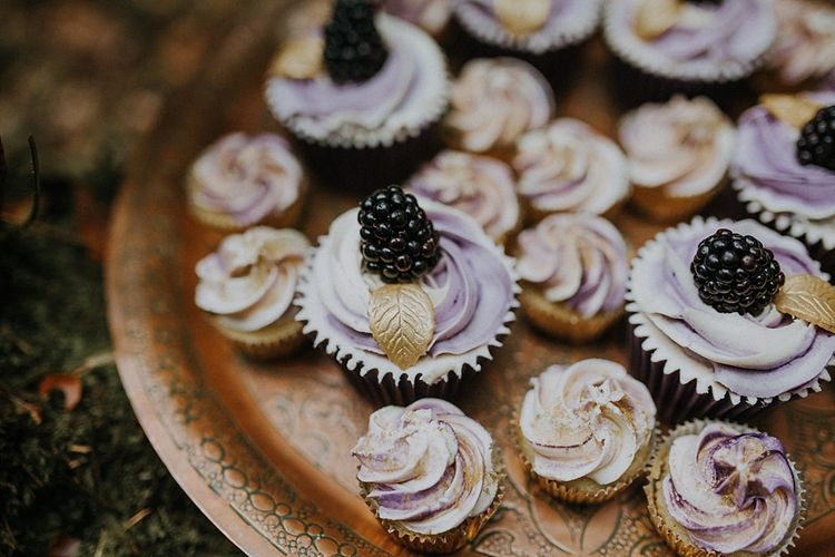 Honey Bee Bakes Meringue Kisses | Woodland Bohemian Luxe Inspiration | Lola Rose Photography & Film