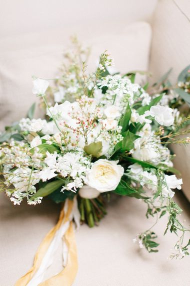 White & Greenery Wedding Bouquet | Bowtie and Belle Photography
