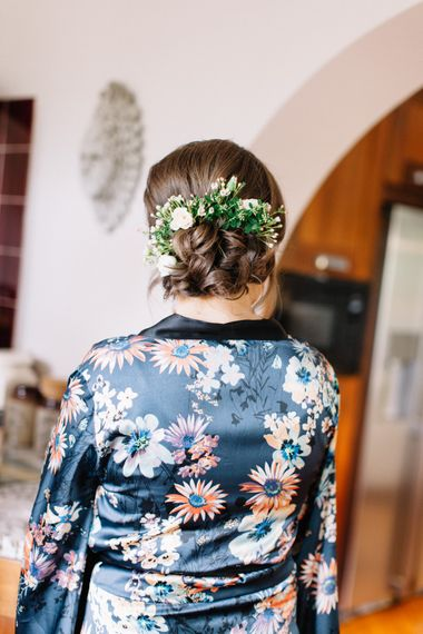 Bridal Up Do with Fresh Flowers | Bowtie and Belle Photography