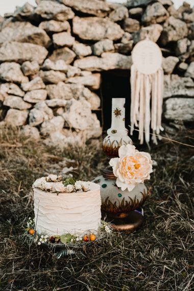 Single Tier Wedding Cake & Hanging Hoop Wedding Decor   A Wild Bohemian Bride in the Majella National Park, Abruzzo, Italy   Planned & Styled by Antonia Luzi   Federico Lanuto Photography