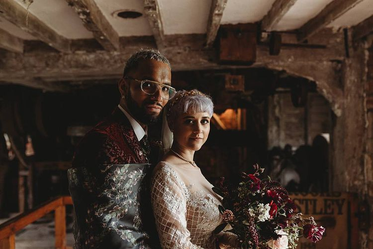 Stylish bride and groom portrait by Sharon Cudworth Photography