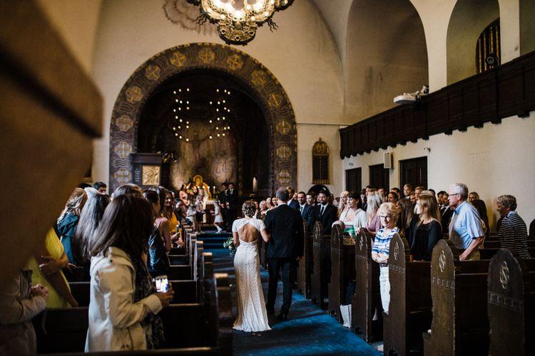 Wedding Ceremony | Bride in Lace Watters Wtoo Lenora Wedding Dress | Woodland Wedding in Oslo, Norway | Through The Woods We Ran