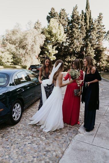 Bridal Entrance in Simple & Elegant Teresa Helbig Wedding Dress  | Authentic Spanish Wedding at Masia Ribas, Barcelona | Sara Lobla Photography