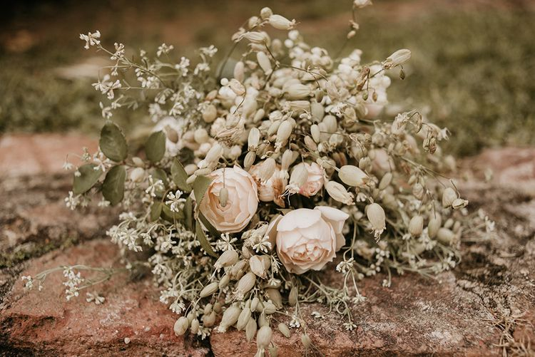 Wild Flower Wedding Bouquet | Authentic Spanish Wedding at Masia Ribas, Barcelona | Sara Lobla Photography