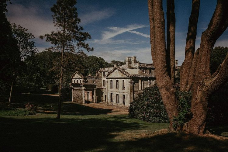 Appuldurcombe House for English country wedding reception in the Isle of Wight