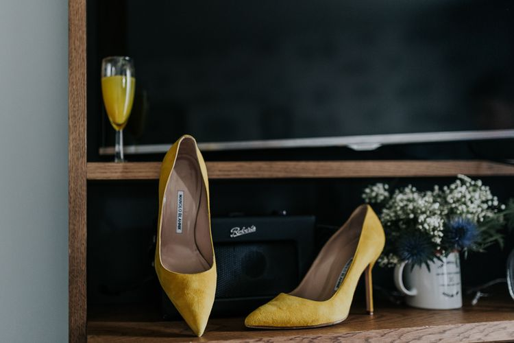 Yellow Manolo Blahnik Shoes | Stylish Intimate London Elopement at Islington Town Hall & The Elk in the Woods | Joasis Photography